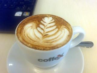 glitters-cafe.jpg